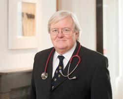 Dr Stephen Flynn